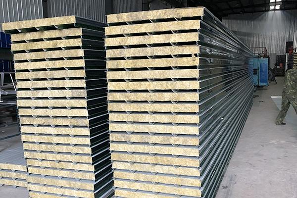 成都岩棉夹芯板定制